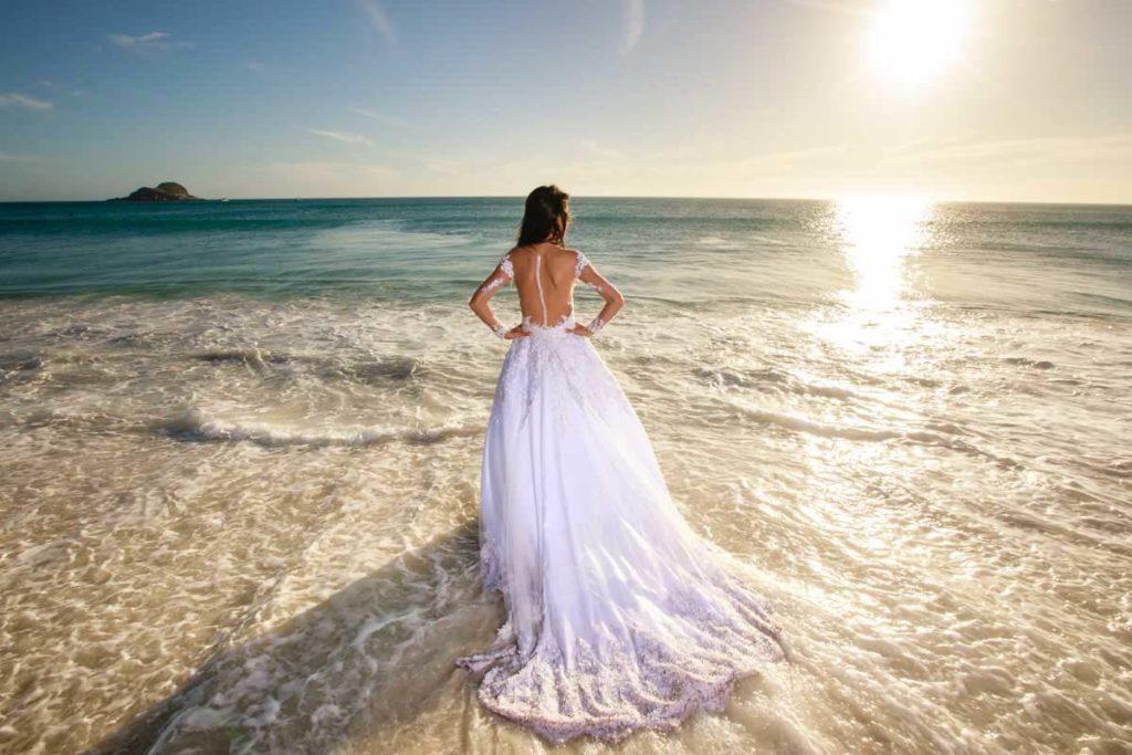 Noiva na praia grande