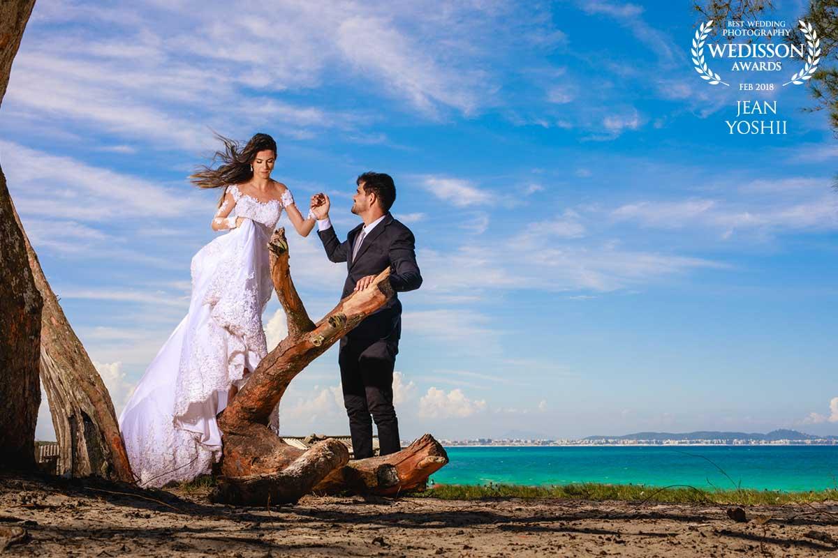 Ensaio pós casamento na praia Grande em Arraial